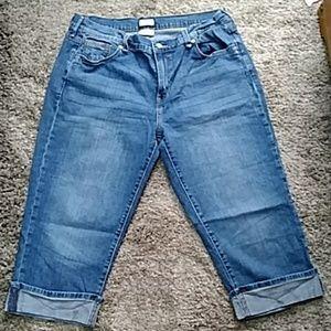 Levi's Pants - *3 for $10* Levi Jean 515 Capri Size 14